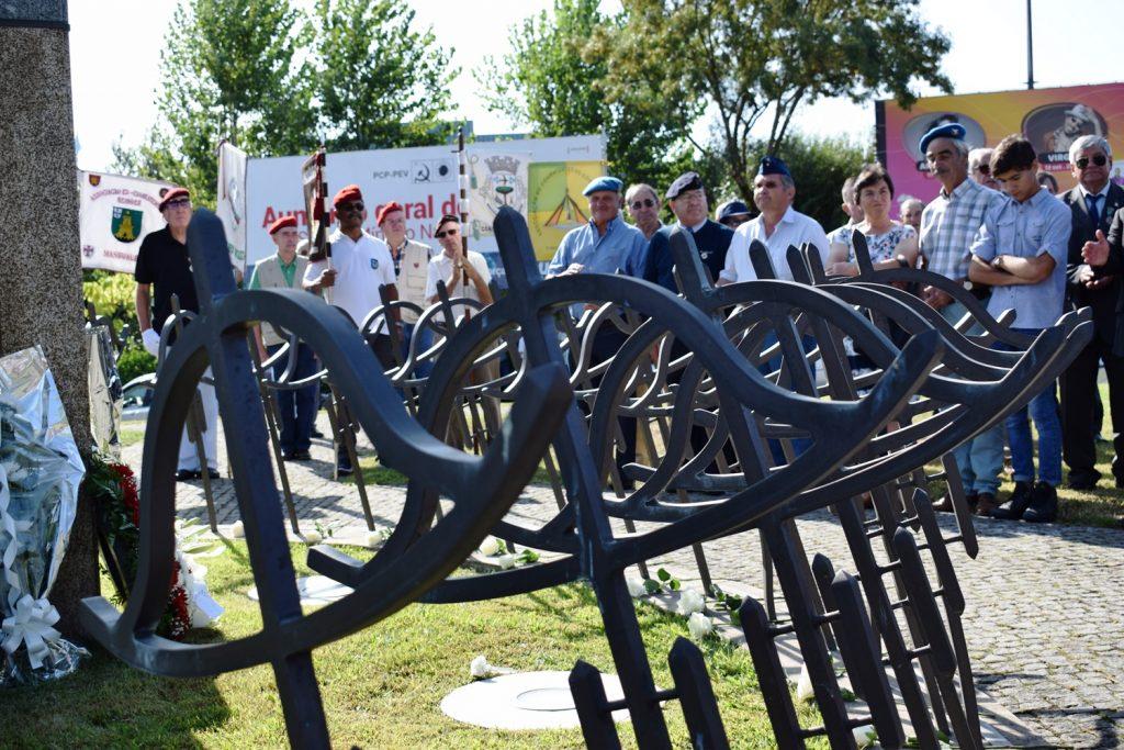 COMBATENTES DO ULTRAMAR: Homenagear os mortos e honrar os vivos